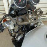 バイクのハンドルがガタつく原因はこれだった!DIY修理に挑戦しました